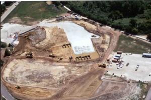 Local onde foram depositadas toneladas de areia pela Lindsay Light Co, a maior compradora da areia brasileira. Foto: Illinois Emergency Management Agency