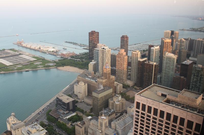 Vista da região de Streeterville, a oeste de Chicago, onde boa parte do bairro foi aterrado com areia monazítica ao longo do século XX. Foto; Matt Howry / Flickr / creative commons