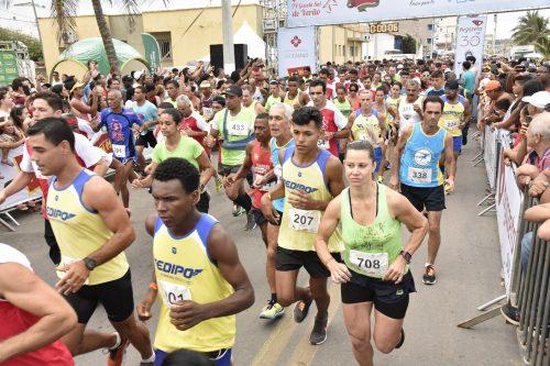 Veja as fotos da 4ª Corrida de Verão Tv Gazeta Sul